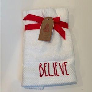 Rae Dunn set of 2 Christmas hand towels NEW